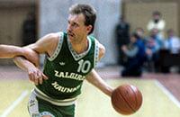 «Пусть скажет, что выбирает: баскетбол или водку?!» Яркая молодость Римаса Куртинайтиса, который прибил США на победной Олимпиаде-88