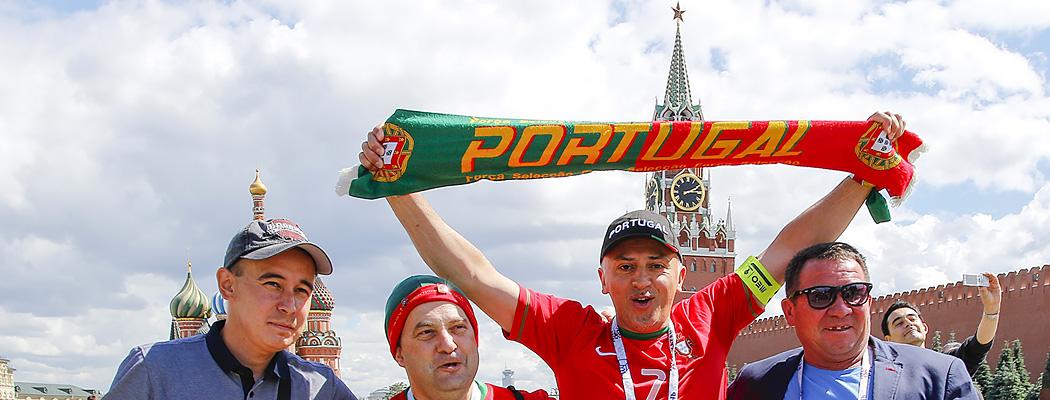 «Любимая, я остаюсь в России». Что за люди приехали на Кубок конфедераций
