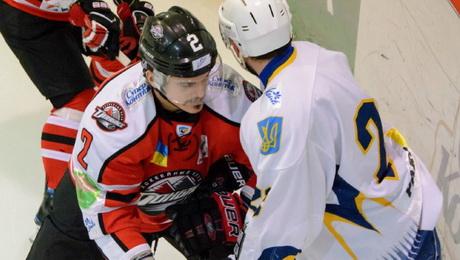 Весь сюрреализм украинского хоккея в одной картинке