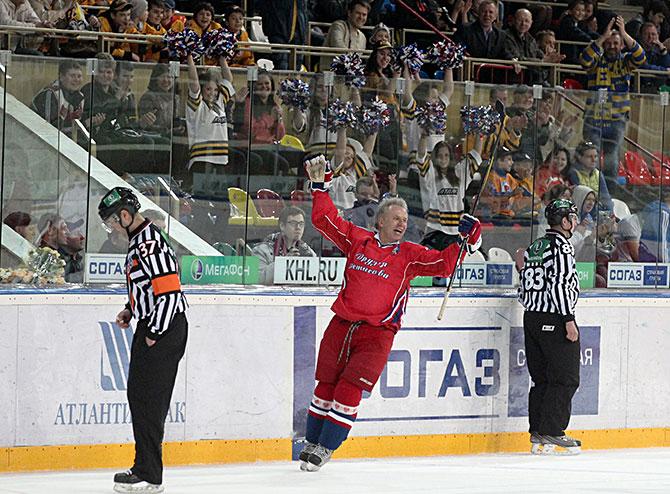 Наступят времена почище. Зачем Владивосток нужен КХЛ