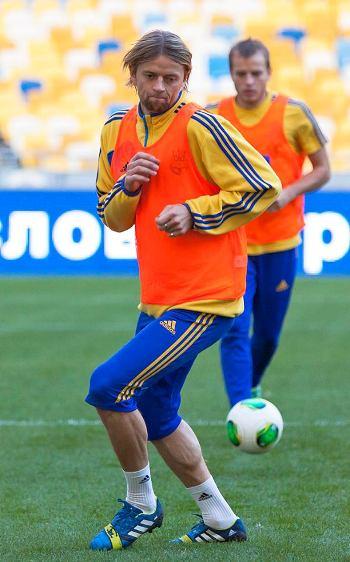 «Команда Фоменко – один из немногих поводов порадоваться за наш футбол». Обзор украинской прессы